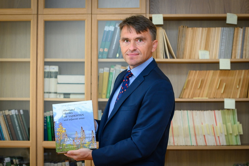 Monografia oflorze Tadżykistanu